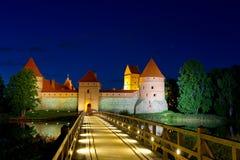 Trakai城堡在晚上 免版税库存照片