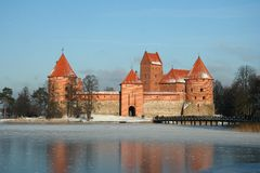 Trakai Schloss in der Winterjahreszeit Lizenzfreie Stockfotos