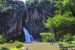 Trakan Wasserfall des Chats Lizenzfreie Stockfotos