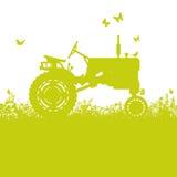 Traktor auf Wiese Stockfotos