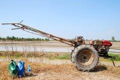 Traktor handgemacht in Thailand. Stockfotos