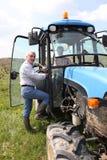 Traktor im Weinberg Stockbild