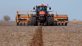 Traktor på arbete