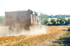 Traktorarbetet Royaltyfri Fotografi