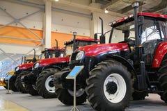 Traktoren auf Ausstellung Stockbilder