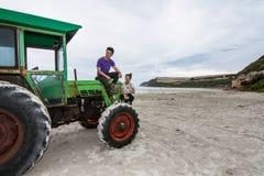 Traktoren på udden Bridgewater Royaltyfria Foton