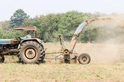Traktorgräsklippningsmaskin Arkivfoto