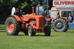 Traktorlegitimationen ståtar Fotografering för Bildbyråer