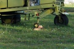 Traktornav utan ett hjul fotografering för bildbyråer