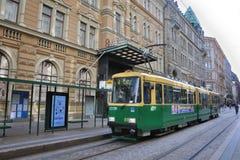 Tram à la place de sénat de Helsinki images stock