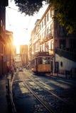 Tram électrique à Lisbonne photo stock