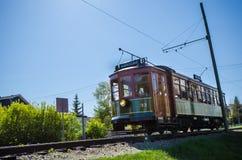 Tram ad alto livello del ponte ferroviario di Edmonton Immagini Stock Libere da Diritti