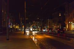 Tram auf der Straße in Dresden Lizenzfreies Stockfoto