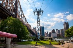 Tram Cable View. This photograph is taken from the Roosevelt Island Tram station. Looking across the East River to the Manhattan skyline, with the 59th Street Stock Photos