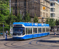 Tram in de stad van Zürich, Zwitserland royalty-vrije stock fotografie