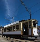 Tram de vintage à Porto, Portugal image stock