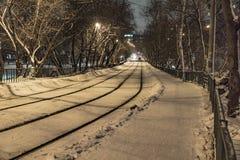 Tram in de winter stock foto's
