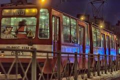 Tram in der Winternacht Stockbild
