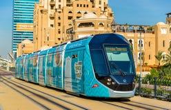 Tram di CITADIS 402 dell'Alstom nel Dubai Immagini Stock