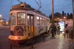 Tram di notte di Lisbona Fotografia Stock Libera da Diritti