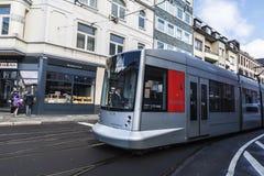 Tram in Dusseldorf, Deutschland Stockfotografie