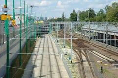 Tram et voies de chemin de fer à Poznan, Pologne Photographie stock
