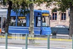 Tram europeo blu Fotografie Stock Libere da Diritti