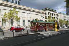 Tram im Melbourne-Stadtzentrum Lizenzfreie Stockfotos