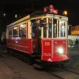 Tram Instanbul d'Ä°stiklal Caddesi Images stock