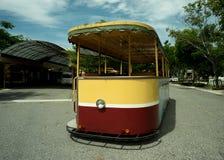 Tram jaune Image libre de droits