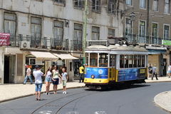 Tram 28 in Lissabon PORTUGAL 2016 Stockfoto