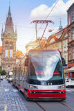 Tram moderne à Prague Images libres de droits