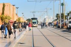 Tram moderne au centre de Rabat morocco Images libres de droits