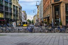 Tram in Rosenthaler Strasse stockfoto