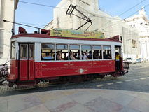 Tram rouge de Lisbonne Photos stock