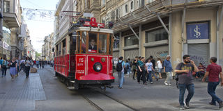 Tram in Taksim, Istanbul, die Türkei Lizenzfreies Stockfoto