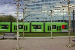 Tram voor de bureaubouw royalty-vrije stock foto