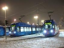 Tramcar do baixo-assoalho de TMK 2200 em Zagreb (Croácia) Fotografia de Stock Royalty Free