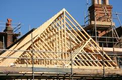 Trame de bois de construction de toit photo stock
