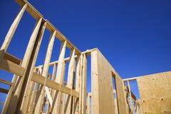 Trames de construction neuve. Image libre de droits