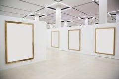 Trames en bois blanc dans le hall Images stock