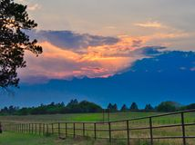 Tramonto ad Echo Basin Ranch immagine stock