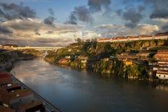 Tramonto al fiume del Duero nel Portogallo Fotografia Stock