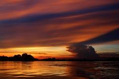 Tramonto al fiume di Khong Fotografie Stock Libere da Diritti