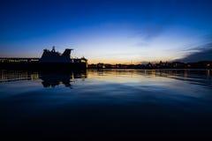 Tramonto al porto Fotografia Stock