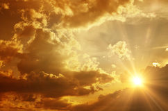 Tramonto/alba con le nubi Fotografie Stock
