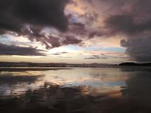Tramonto all'isola del phayam fotografie stock