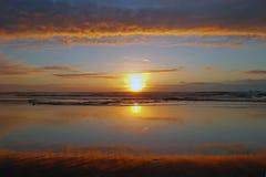 Tramonto all'Oceano Atlantico nel Portogallo Fotografie Stock Libere da Diritti