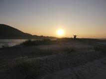 Tramonto alla barra di sabbia fotografia stock libera da diritti