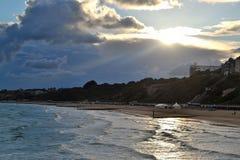 Tramonto alla spiaggia di Bournemouth Fotografie Stock Libere da Diritti